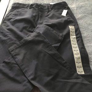 NWT Boys Old Navy Navy Blue Jeans 30x32 slim